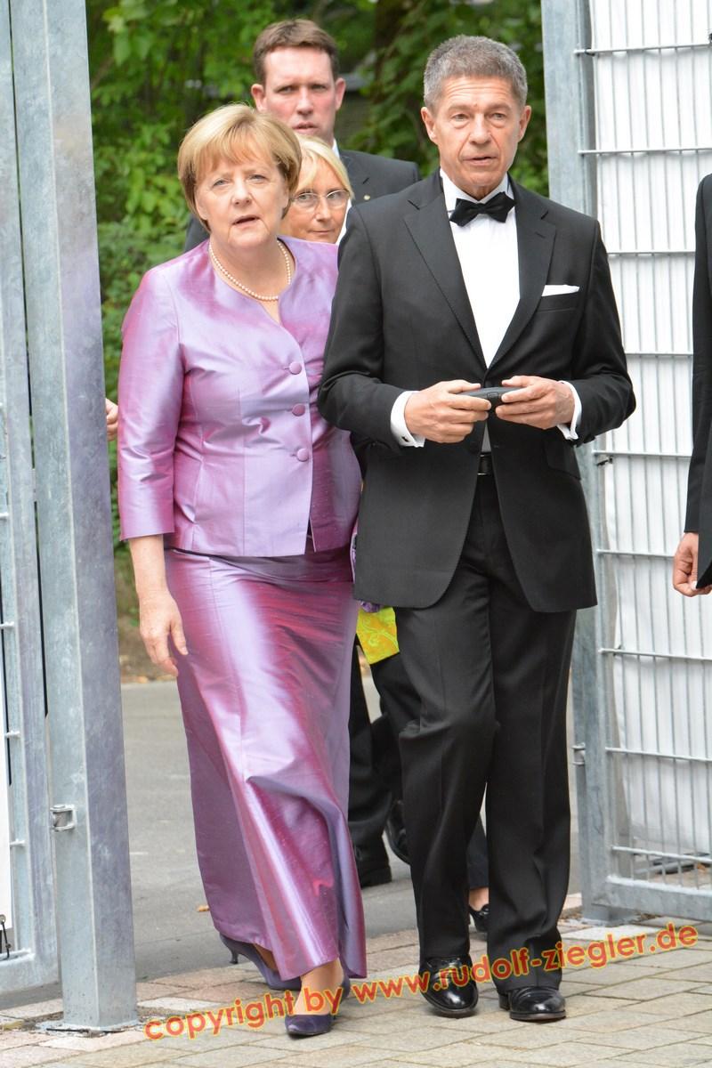 Merkel in Bayreuth 020-A (1600x1200)