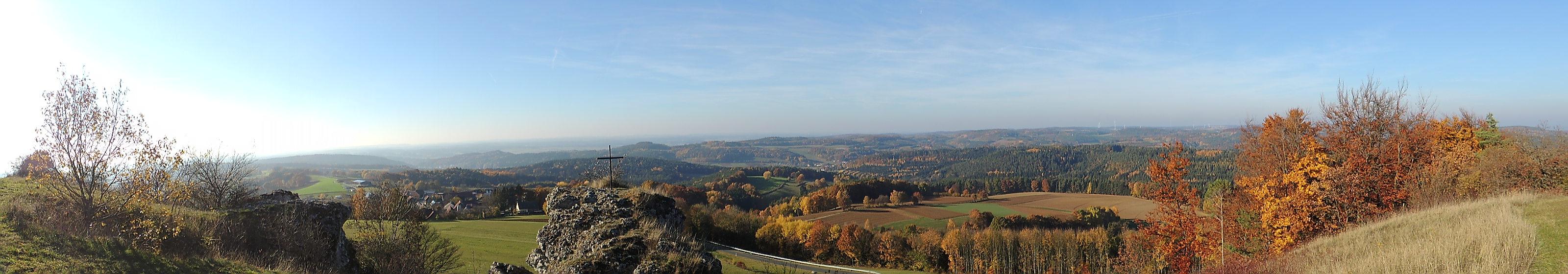 Neubürg - Panorama 004
